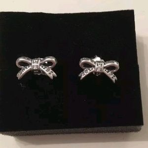 Pandora sparkling bow earrings sterling silver